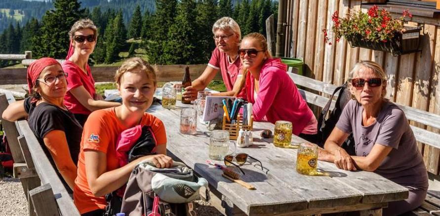 rodina v horách - súrodenci
